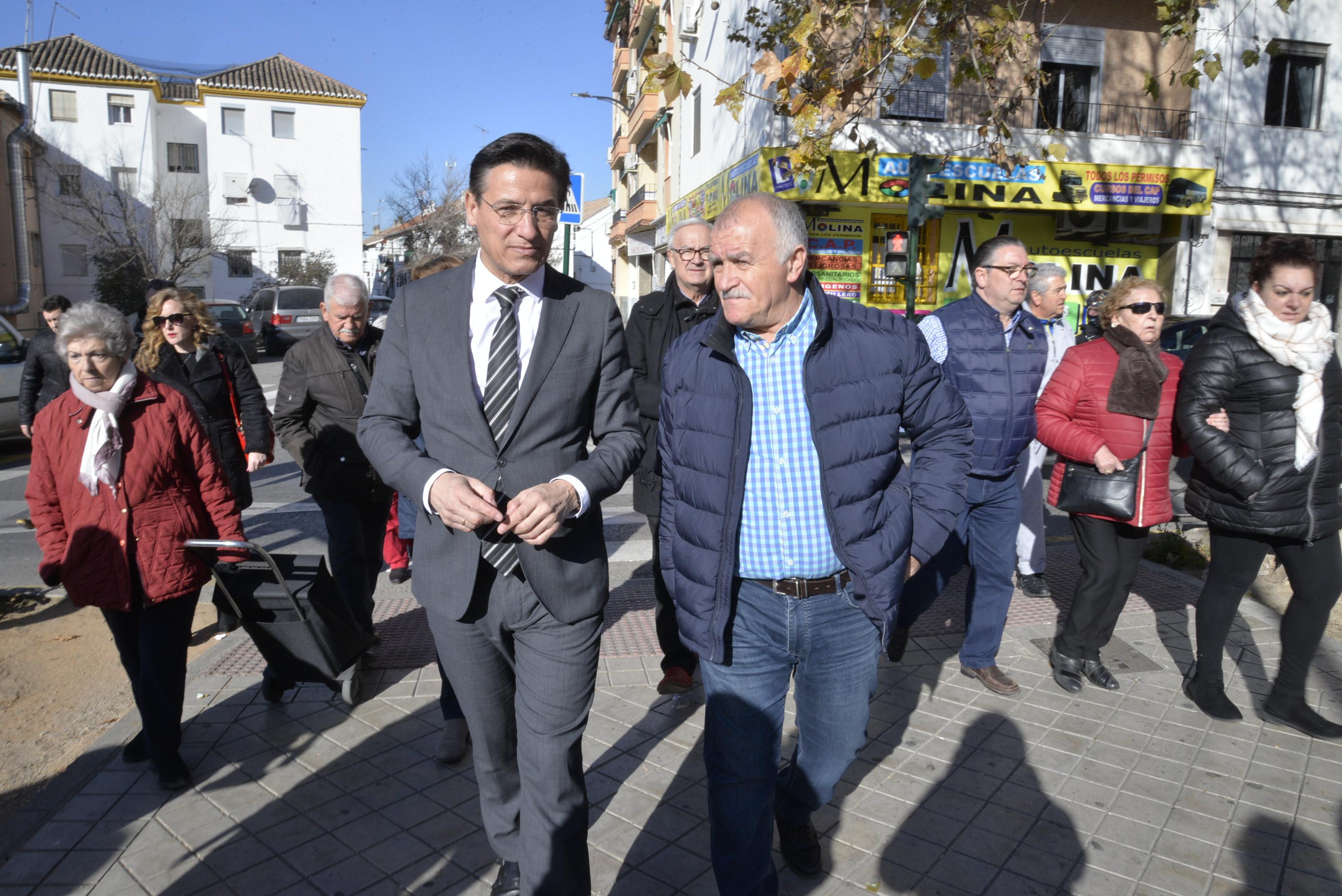 El Ayuntamiento reformará Villarejo para hacer más accesible y seguro el acceso a la Chana
