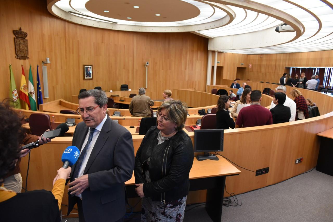 30 municipios solicitan asesoramiento para apertura de locales multiservicios