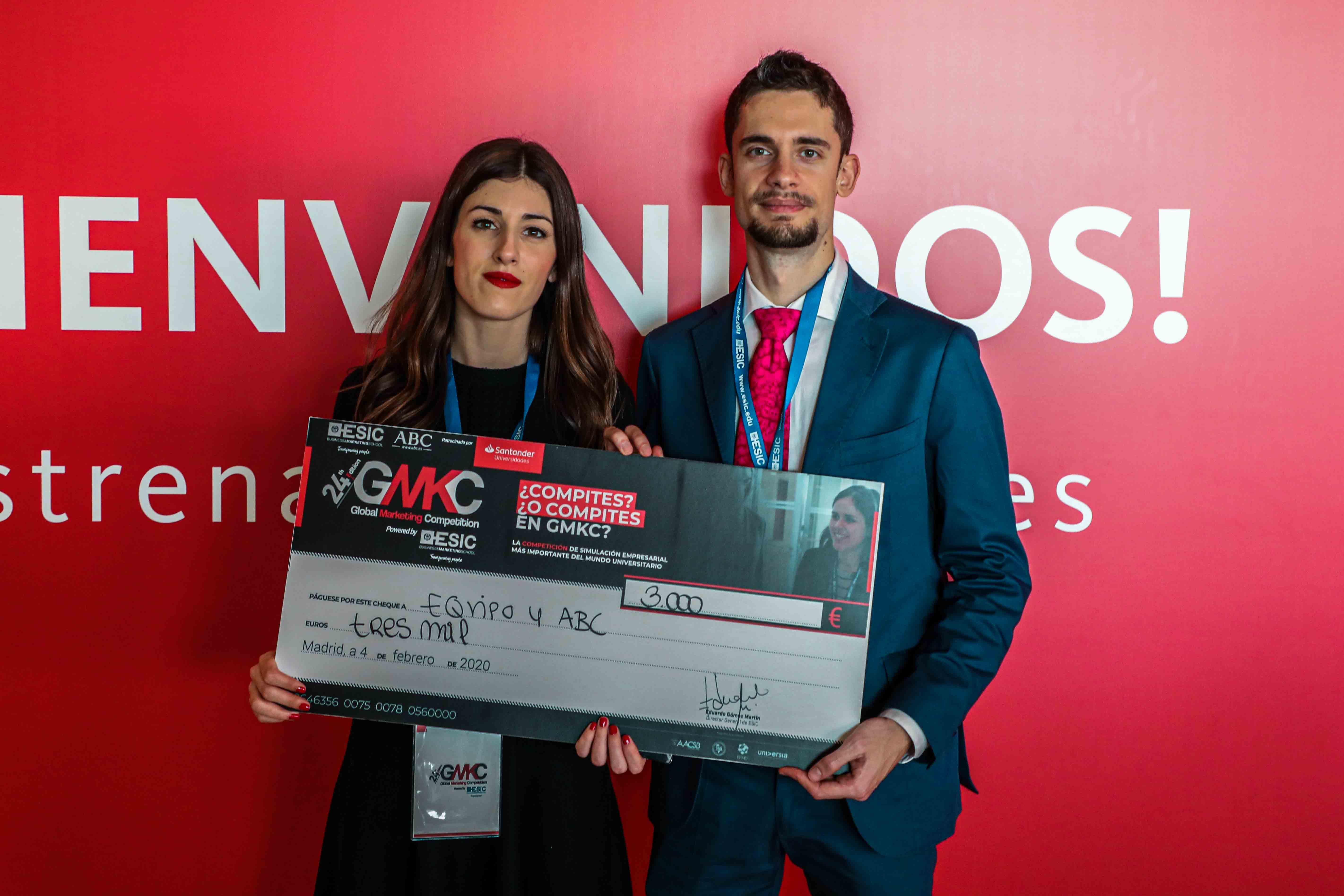 "Estudiantes de la UGR ganan el tercer premio del certamen ""Global Marketing Competition"""
