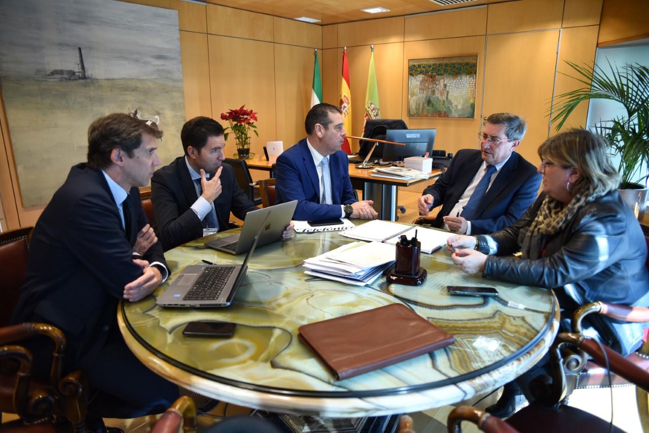Entrena se reúne con responsables de Telefónica para abordar la transformación digital