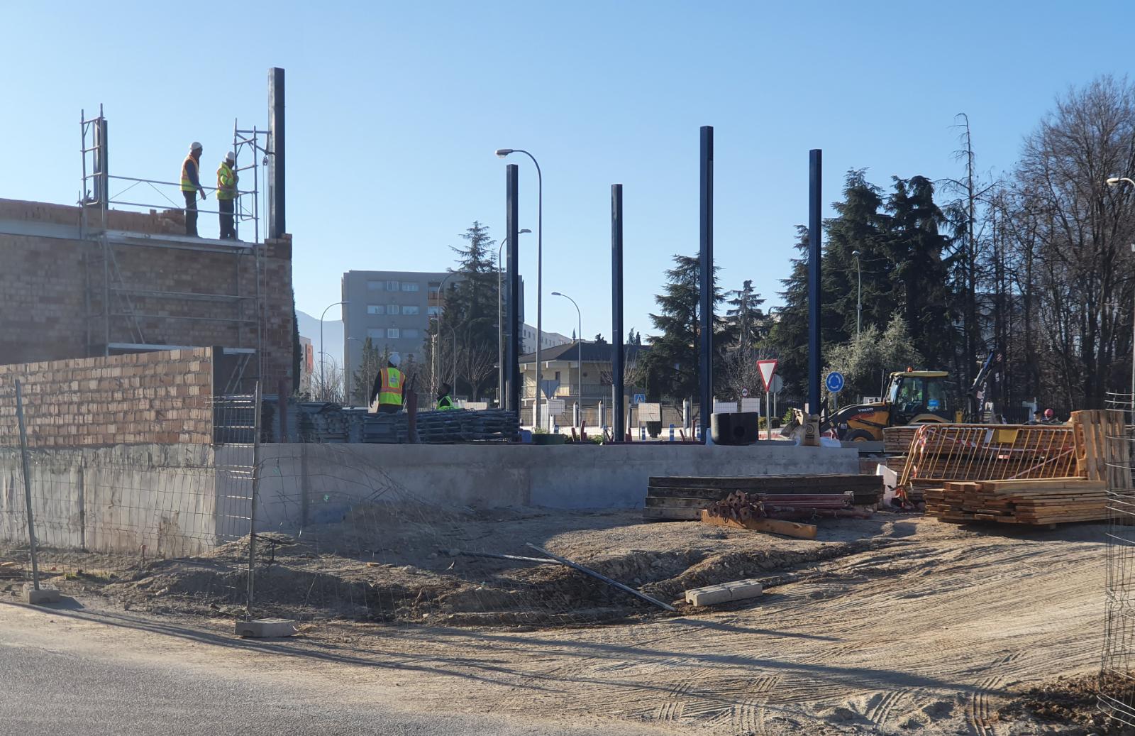 El Ayuntamiento de Alhendín permite la construcción de una gasolinera pese a tener la licencia suspendida por un juzgado