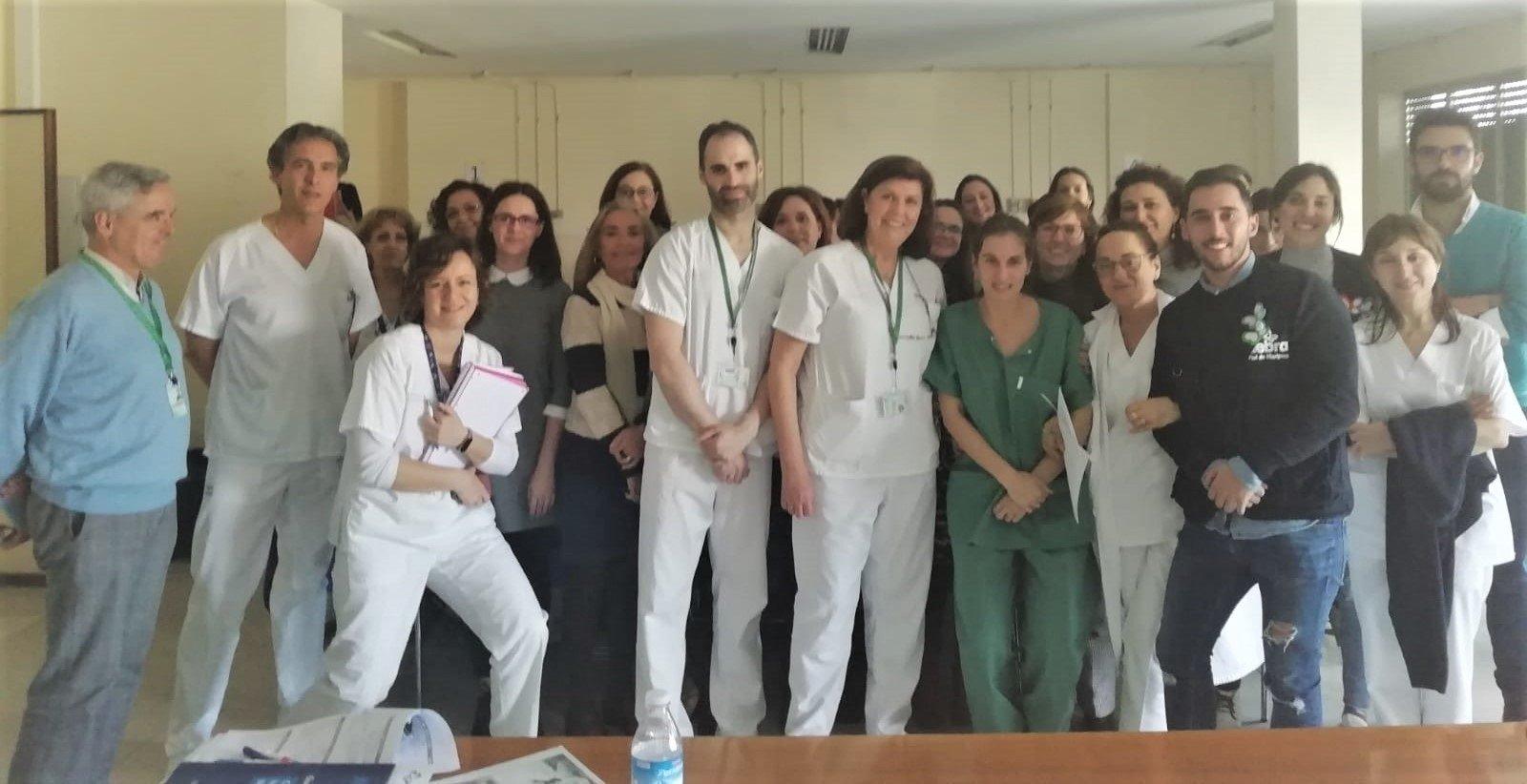 Profesionales de Pediatría del virgen de las Nieves se forman para cuidar bebés con piel de mariposa
