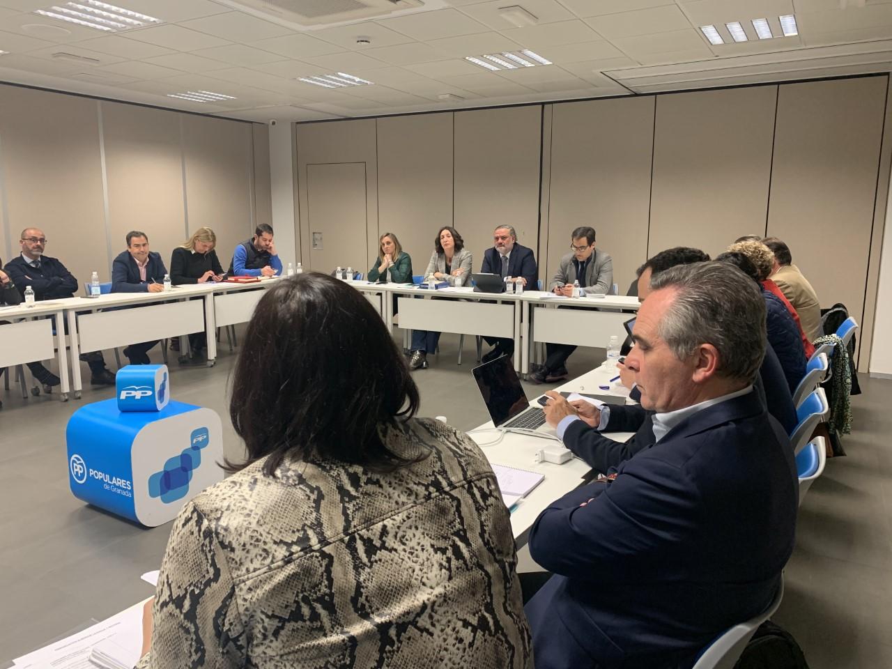 El Grupo Parlamentario Popular celebra su consejo de dirección en Granada