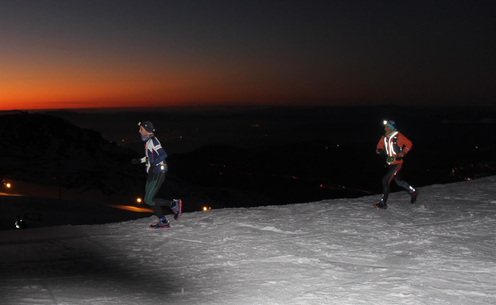 Jacob Gutiérrez y Silvia Lara ganan por tercera vez el 'Snow Running' de Sierra Nevada