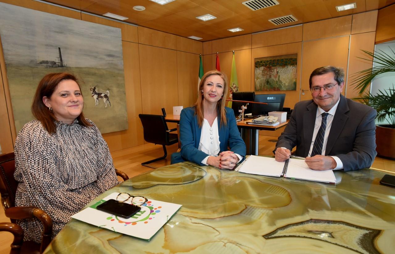 Entrena recibe a la nueva presidenta del CSIF