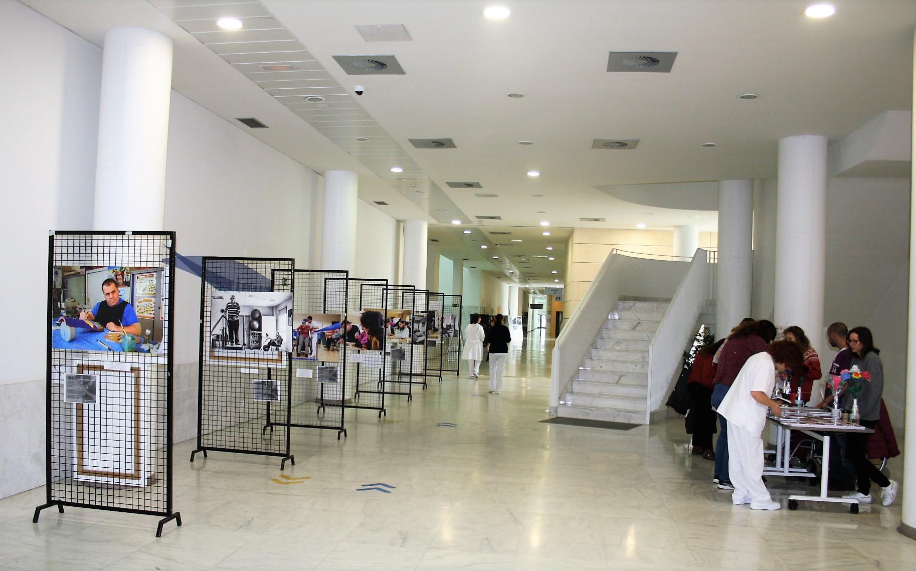 Una exposición muestra la vida diaria de las personas con discapacidad