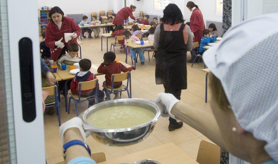 CCOO reclama la contratación a jornada completa para las monitoras escolares y convoca movilizaciones