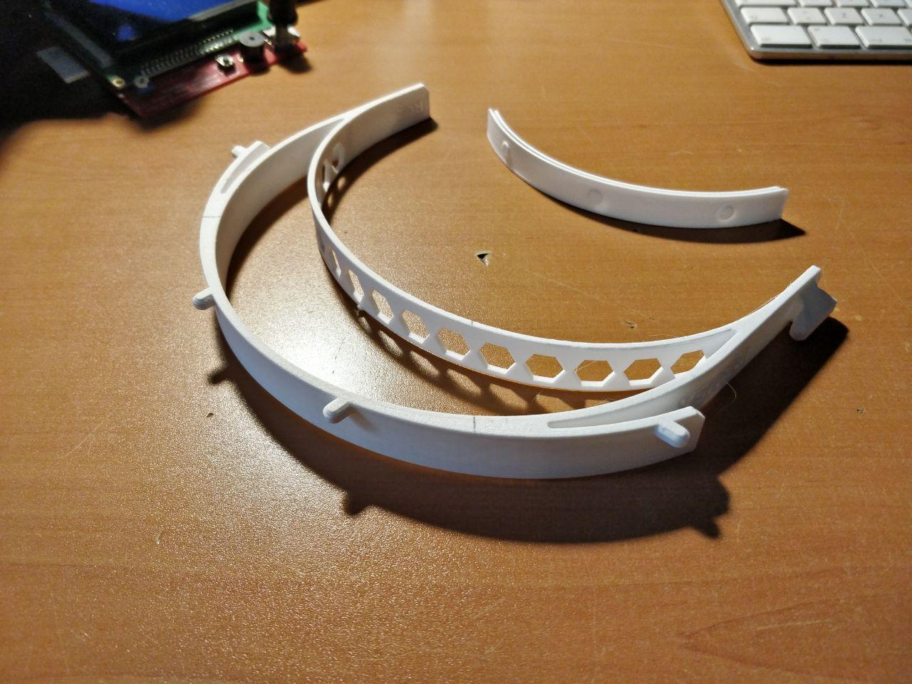 La Universidad de Granada fabrica pantallas antisalpicaduras para los hospitales granadinos