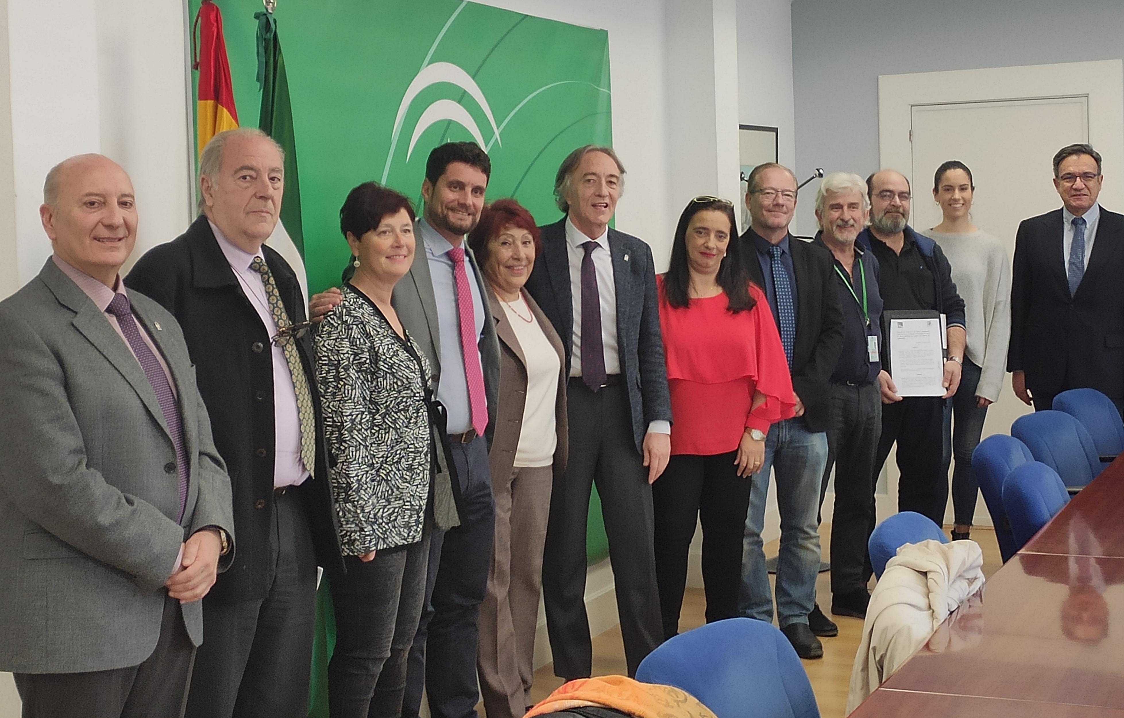 Los hospitales de Granada colaborarán con las asociaciones de salud mental Granabip y Sapame