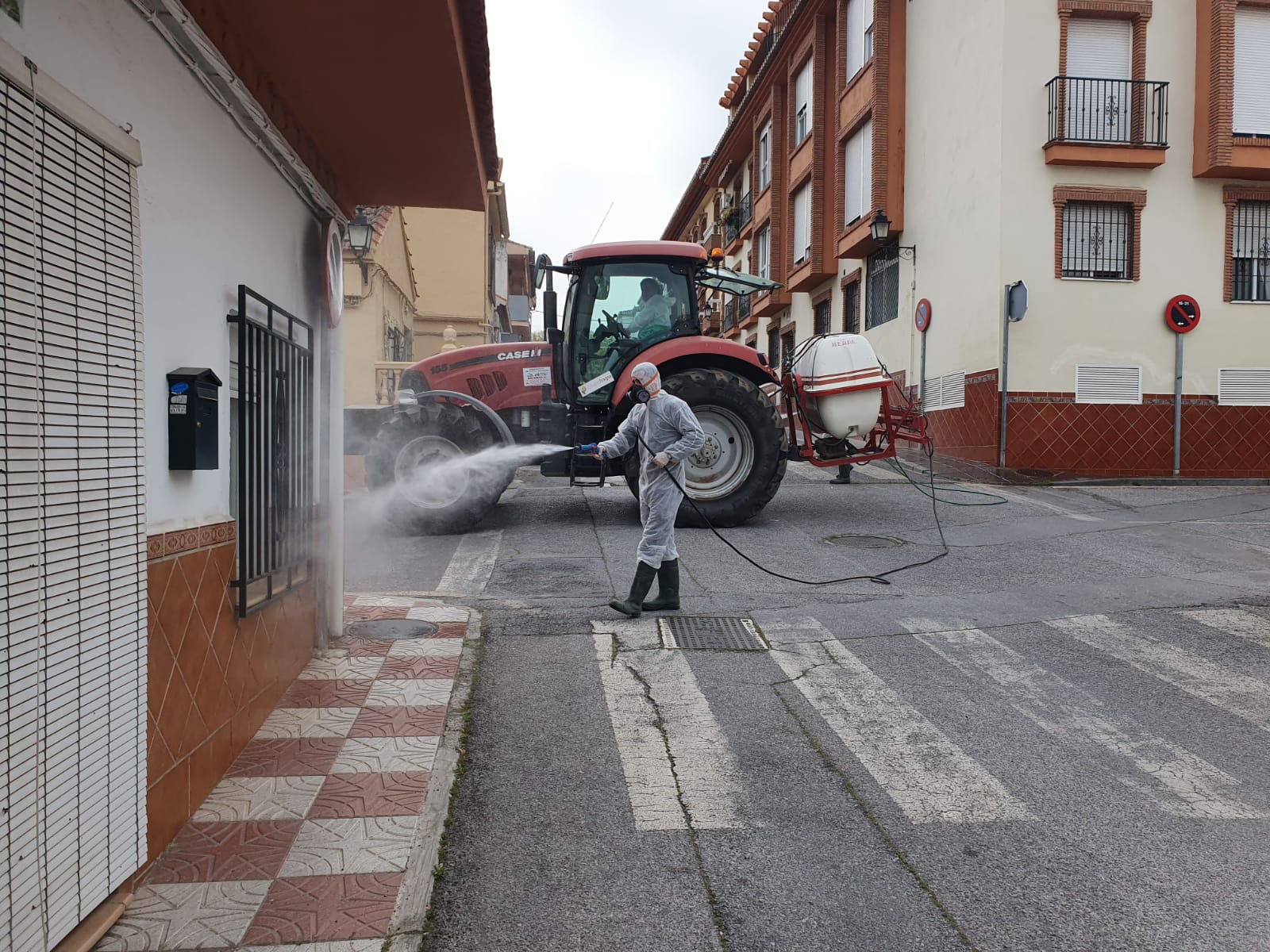 La Zubia refuerza la desinfección del municipio