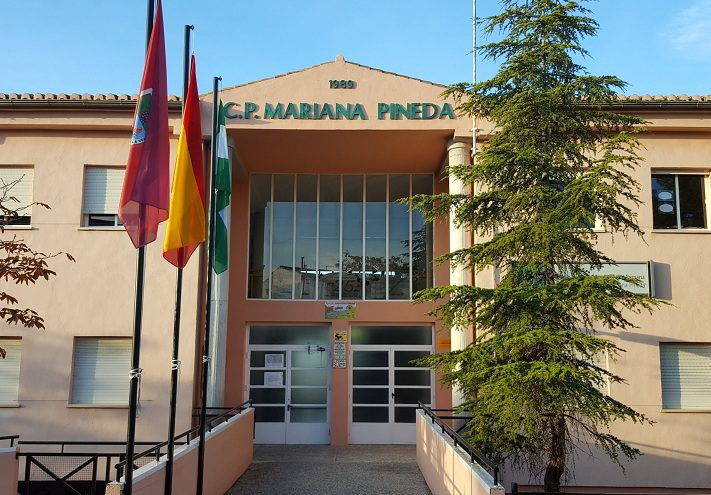 Izquierda Unida demanda más personal de mantenimiento en los colegios públicos de Huétor Vega