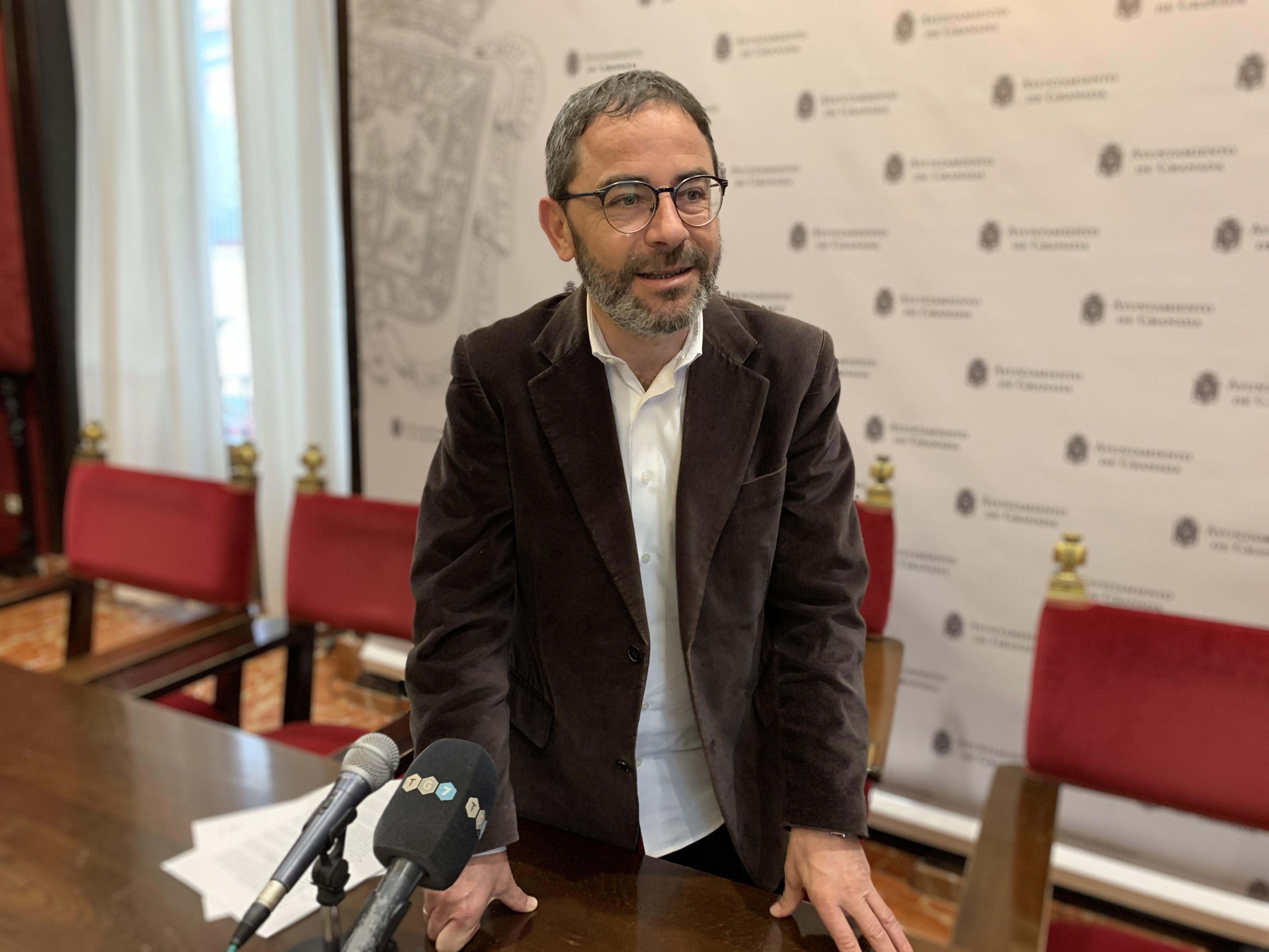 El PSOE considera que es una «vergüenza» la suspensión del pleno del Ayuntamiento