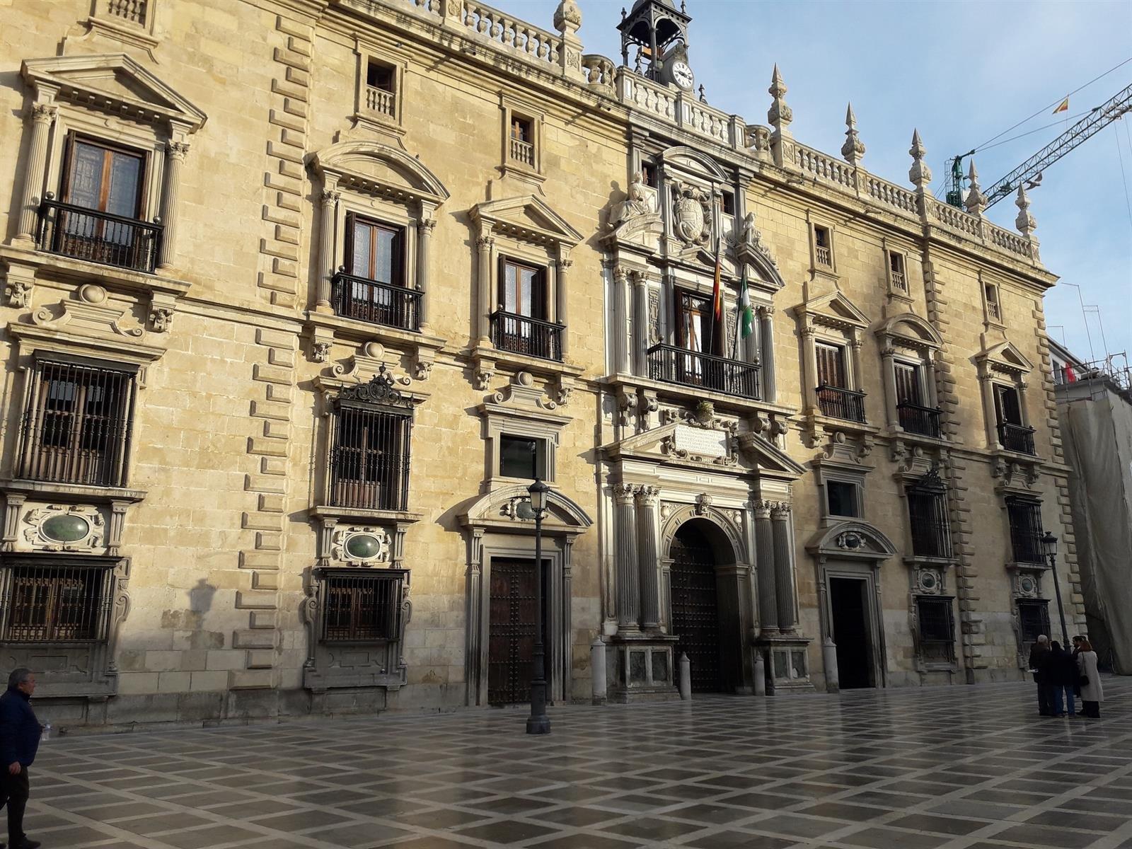 Juzgan el lunes al presunto autor del incendio del piso de su expareja en Las Gabias