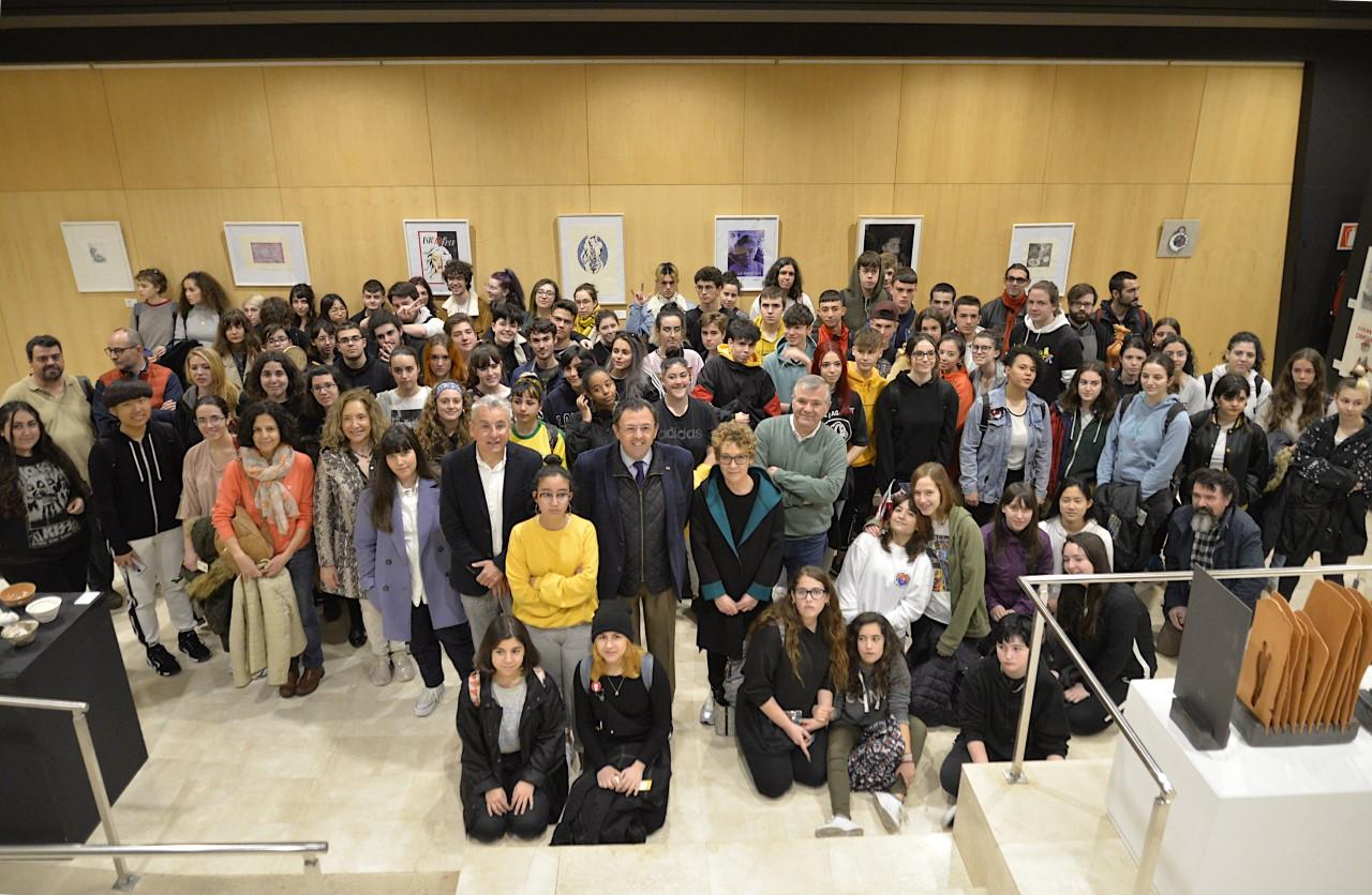 Exposición en el Rey Chico del alumnado de la Escuela de Arte contra la discriminación a las mujeres