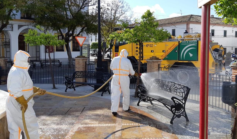 El Infoca continúa los trabajos de desinfección en municipios de la provincia
