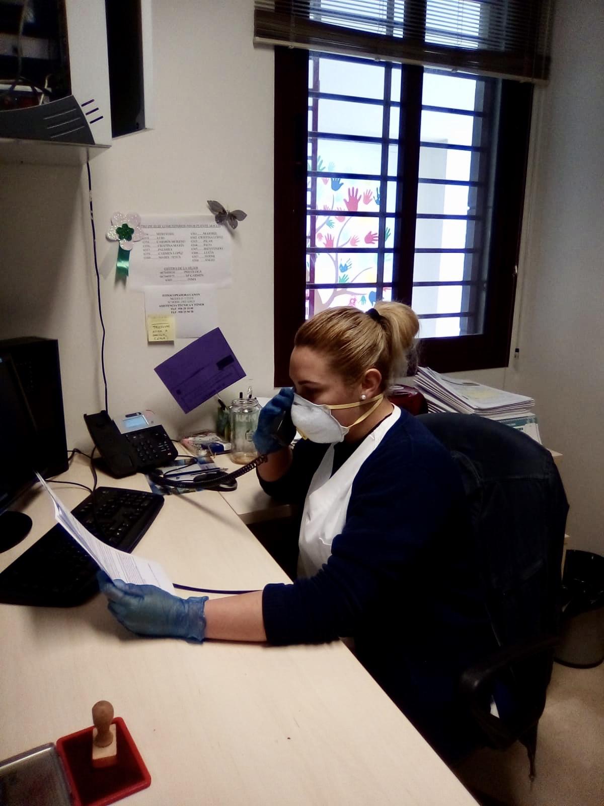 Exigen pruebas PCR de detección del COVID-19 al personal y usuarios de la ayuda a domicilio en Granada