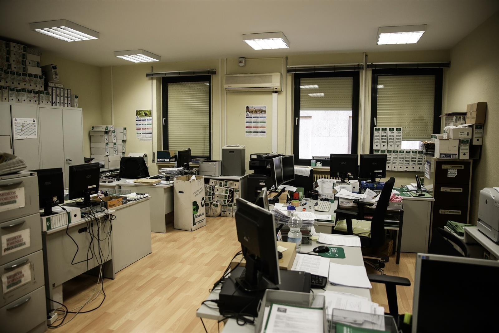 CCOO no firma el acuerdo sobre incorporación presencial en la Administración Pública andaluza