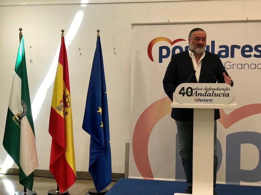 Pablo García exige al gobierno de Sánchez la recuperación de las conexiones para la provincia de Granada