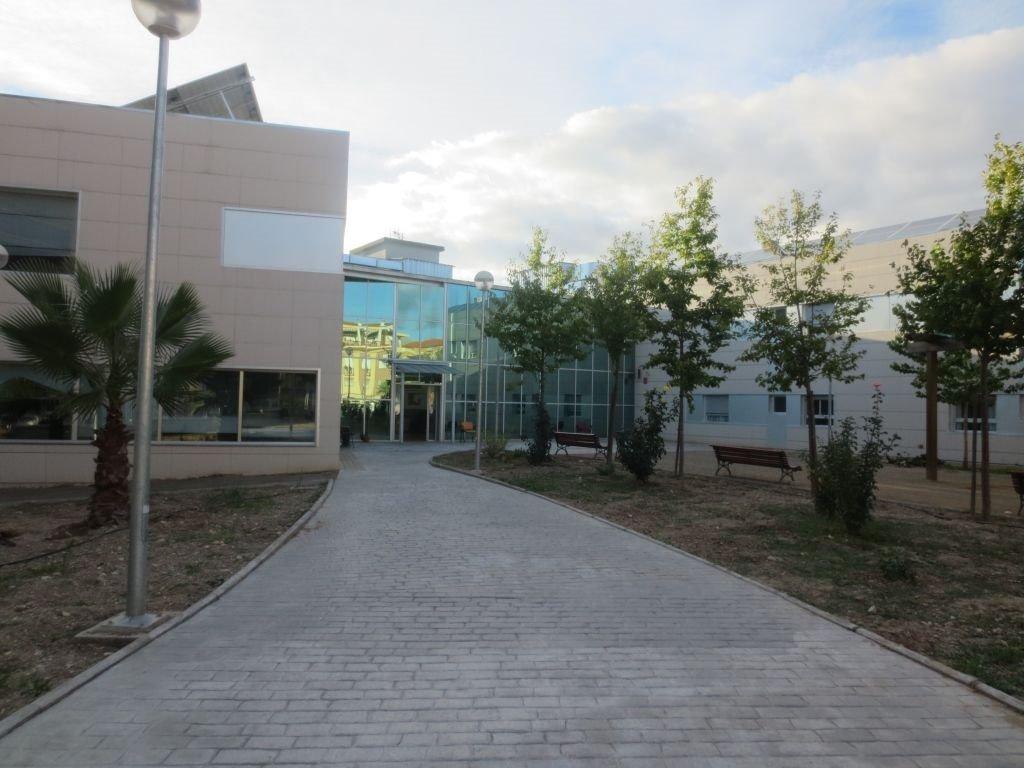 UGT reclama la prueba PCR de detección del COVID-19 para el personal de las residencias de mayores de Granada