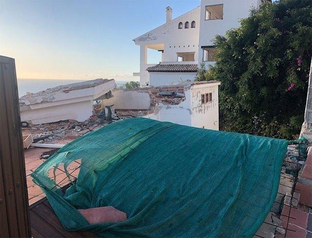 El TSJA condena al Ayuntamiento de Almuñécar a la reparación subsidiaria de las viviendas de la urbanización 'Cármenes del Mar'