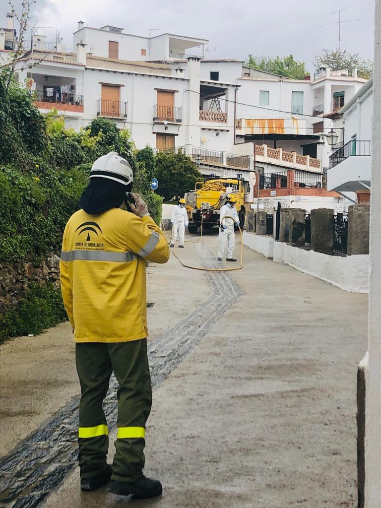 El Infoca realiza cerca de 130 intervenciones de desinfección en la provincia de Granada