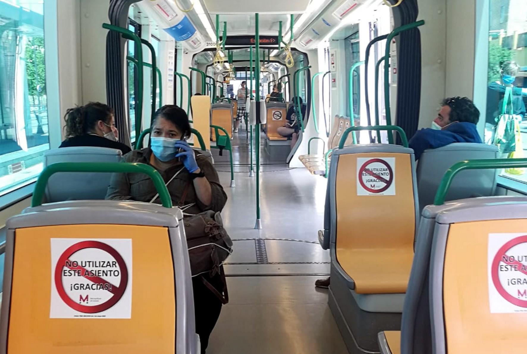 Menos de 60.000 viajeros usaron el Metro en abril, mínimo histórico desde su puesta en servicio