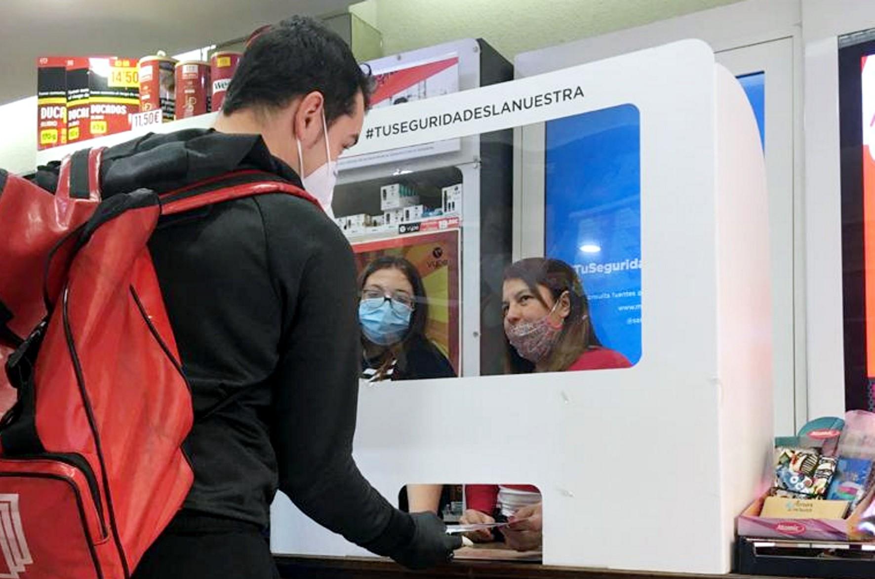 Fomento informa a vecinos y comerciantes sobre las obras del eje de Arabial-Palencia