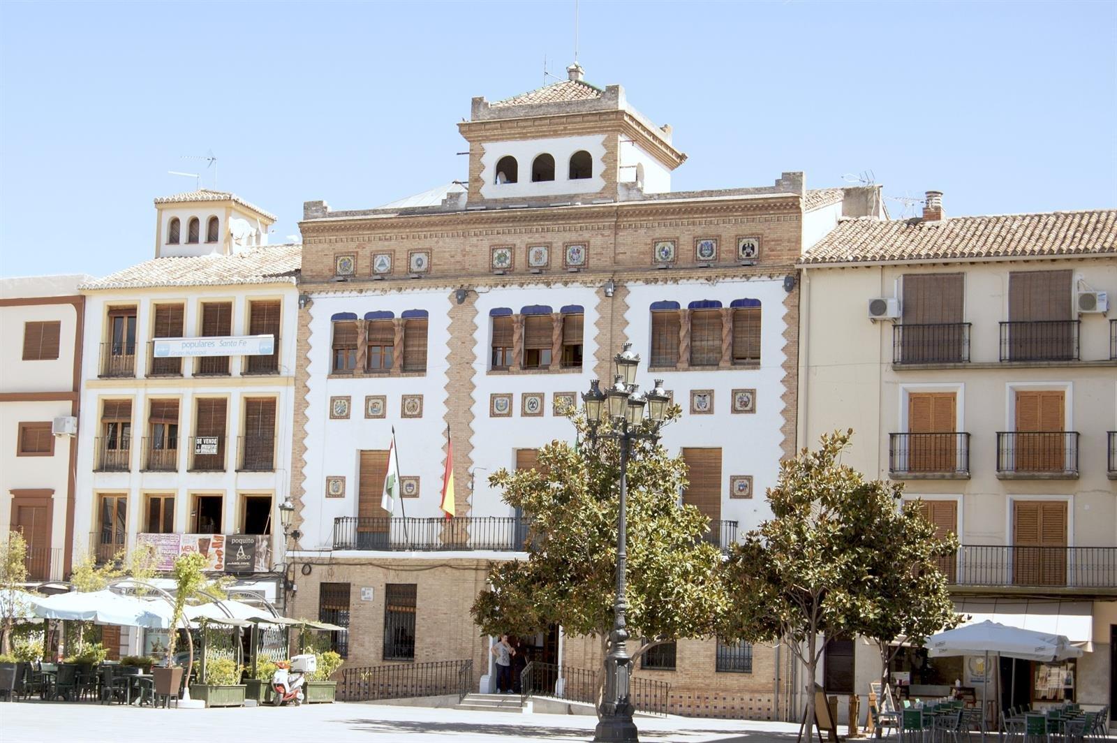 CCOO pide el cese del director del centro de salud de Santa Fe