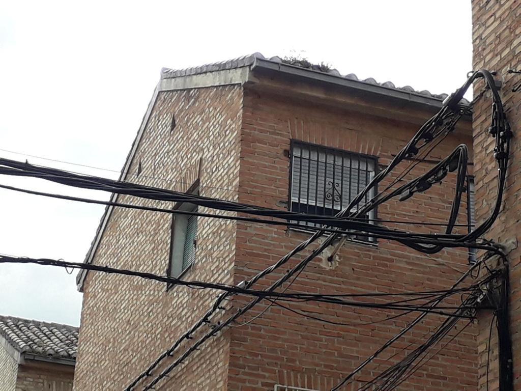 Endesa instala 4.000 metros de cableado de baja tensión en la zona norte