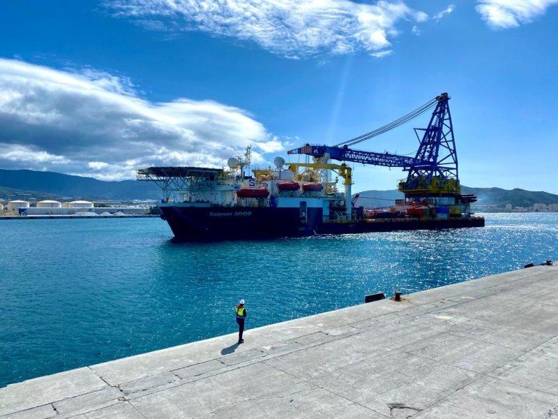El buque Saipem 3000 permanecerá en Motril para labores de mantenimiento hasta finales de julio