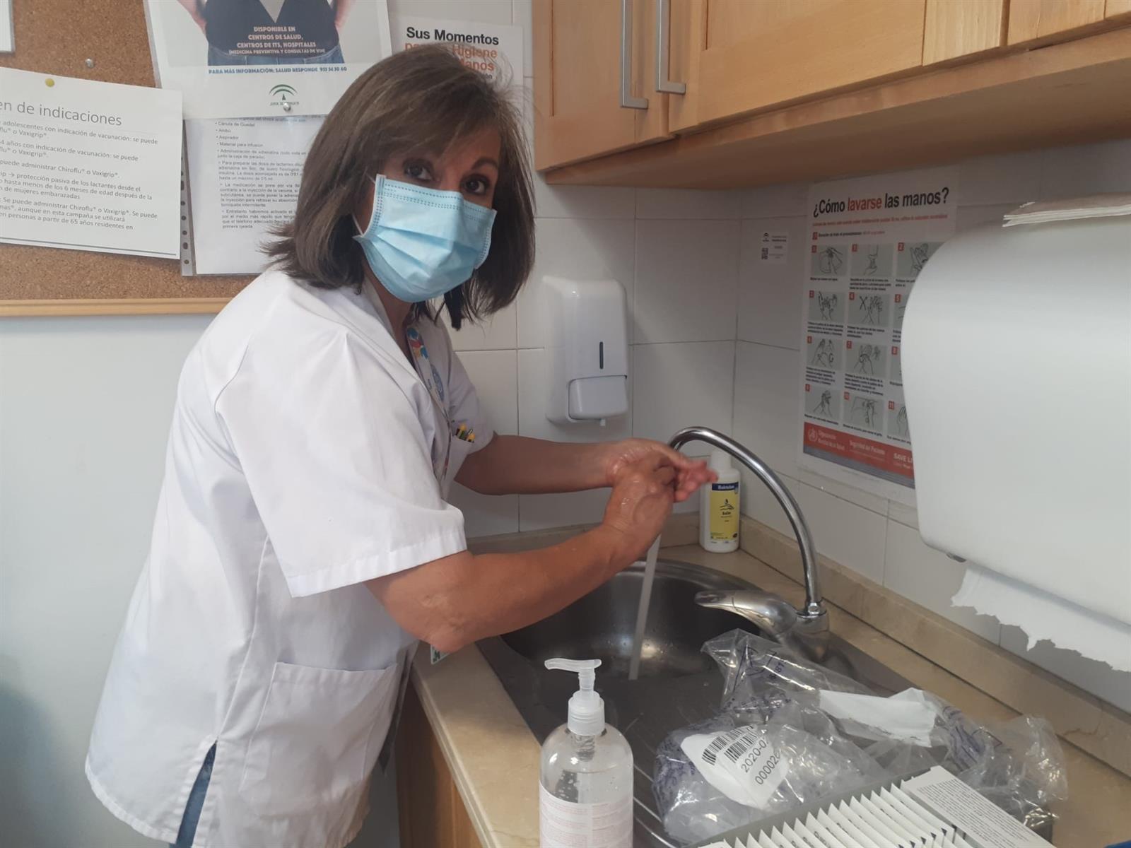 El Hospital Virgen de las Nieves celebra el Día Mundial de la Higiene de Manos