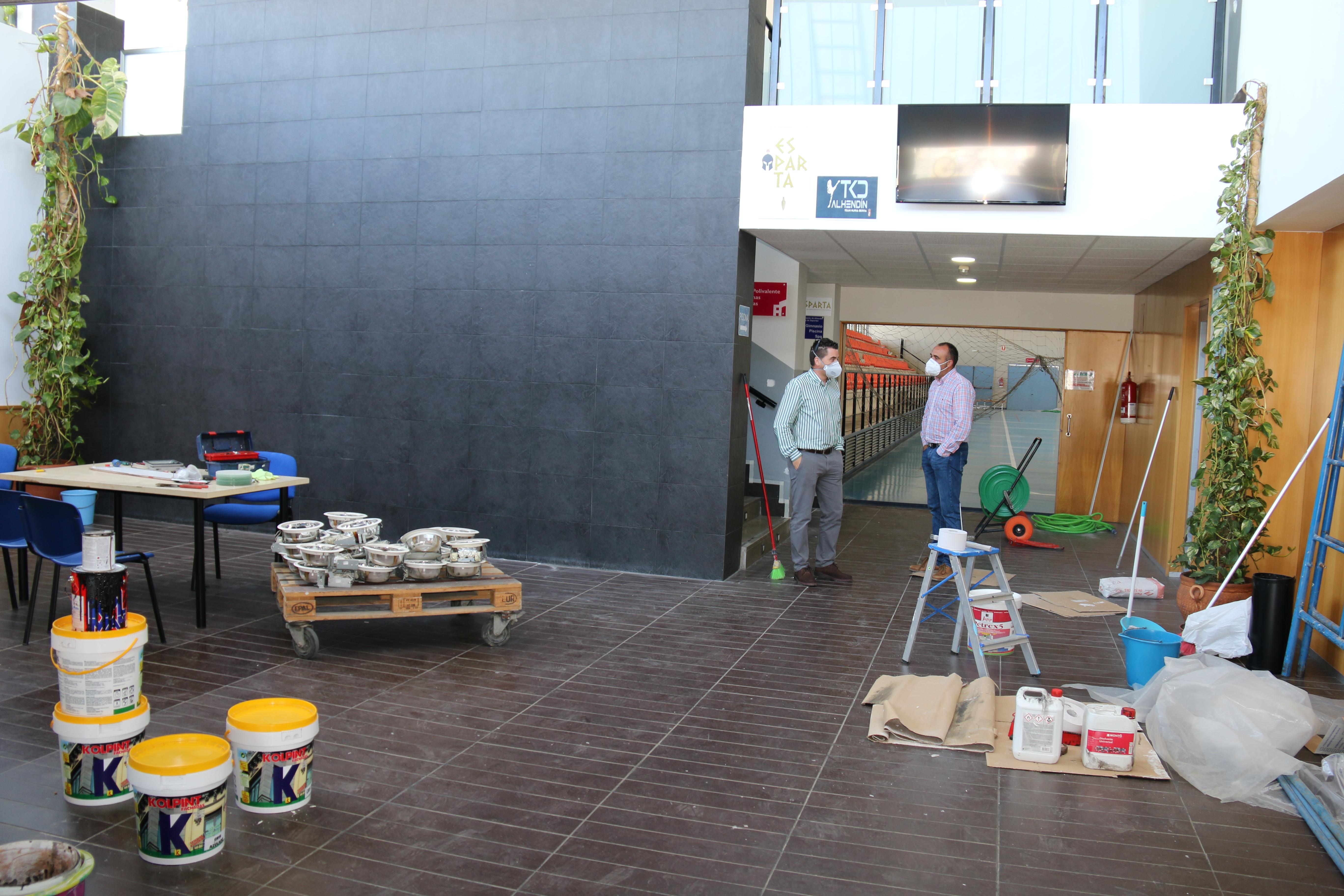 Alhendín mejora sus instalaciones deportivas durante el confinamiento