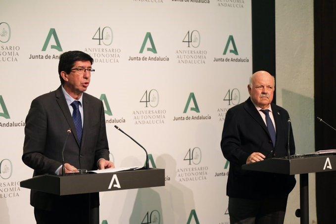 La Junta espera que Granada y Málaga pasen a fase 1 el lunes y a la 2 a la vez que las otras provincias