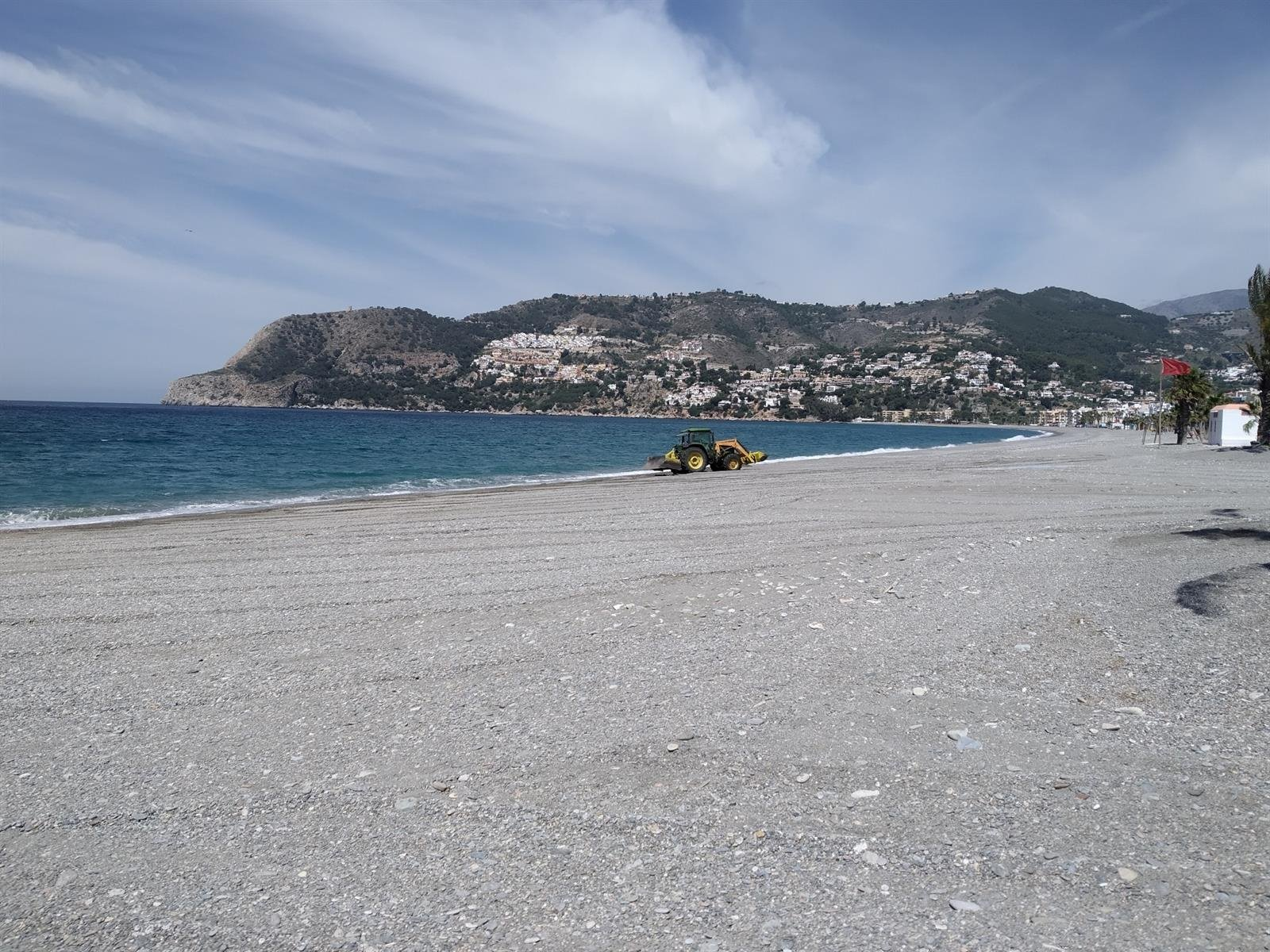 Municipios de la Costa elaboran planes divergentes para el acceso a sus playas