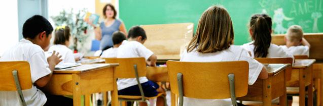 CSIF se opone a la vuelta de los docentes a los centros educativos a finales de junio como quiere la Consejería