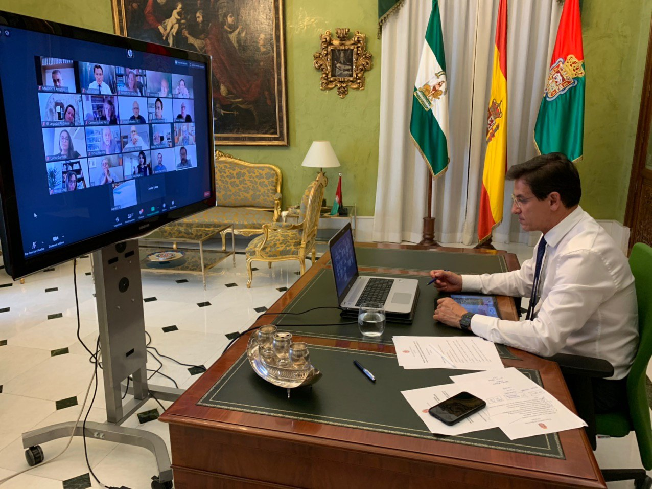 Luis Salvador continúa con el desarrollo de propuestas para la capitalidad cultural