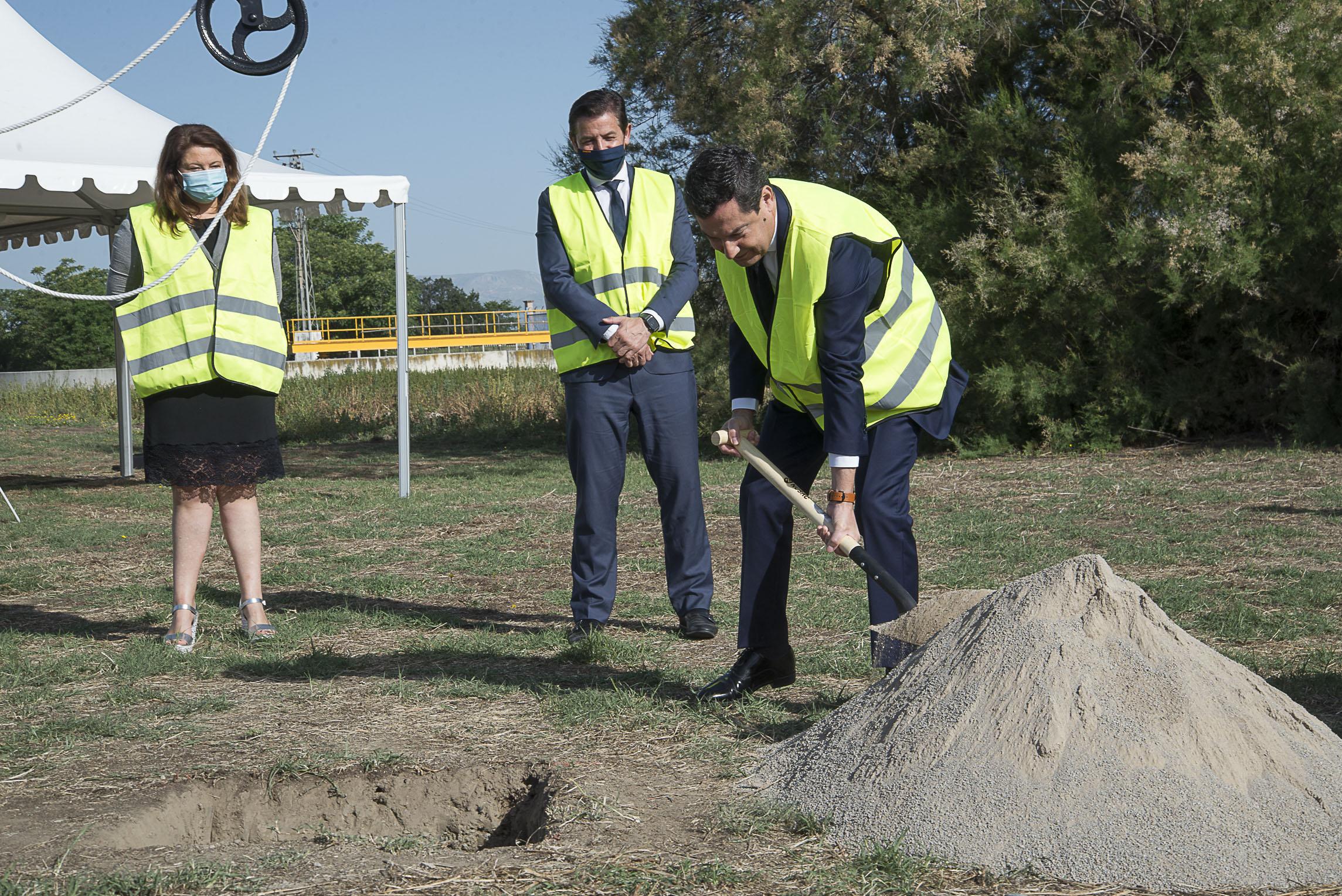 Juanma Moreno anuncia una inversión de 575 millones para infraestructuras hidráulicas en Andalucía
