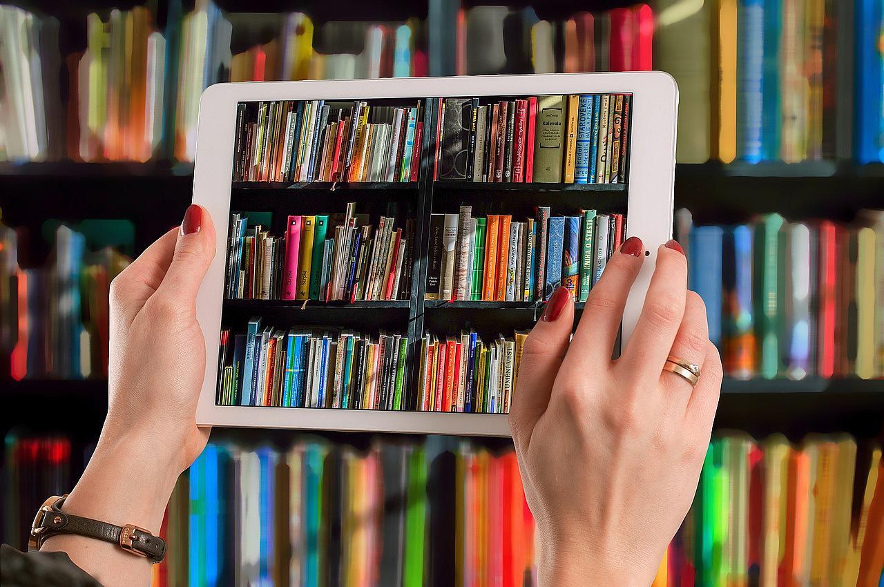 Programan más de 30 actividades en abril para celebrar el Día Internacional del Libro en Andalucía