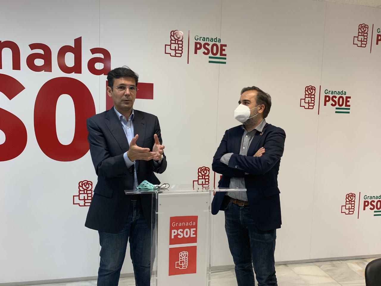 Cuenca sostiene que el pacto entre PP y Cs en Granada y en la Junta ha servido para saquear las Instituciones