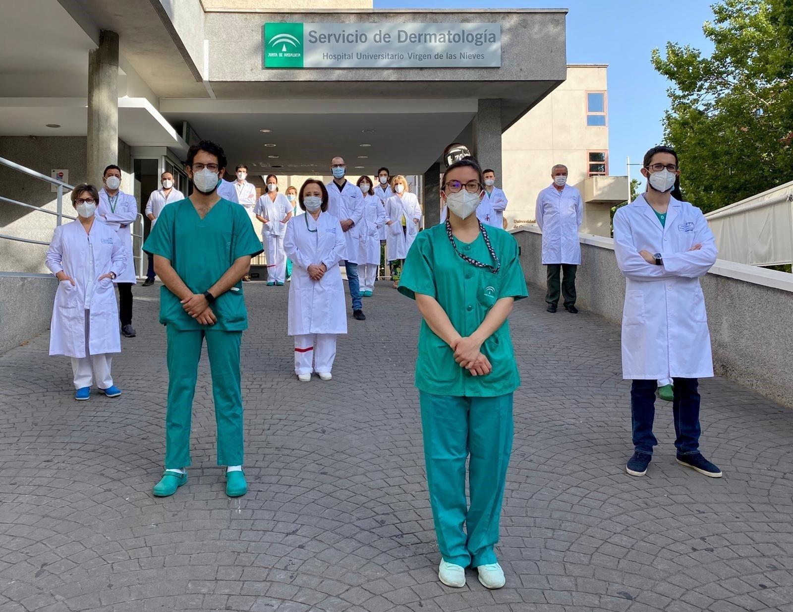 El Hospital Virgen de las Nieves certifica la calidad avanzada de Dermatología y Otorrinolaringología
