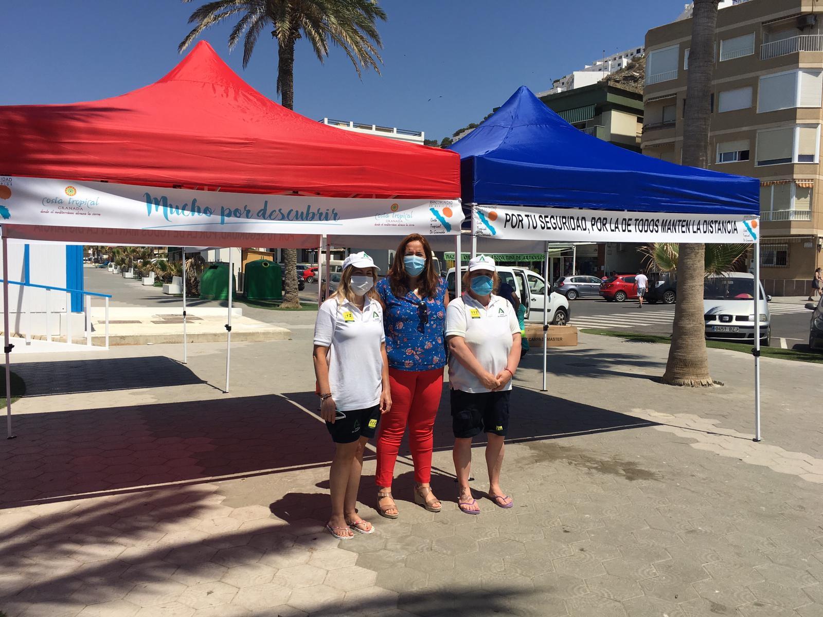 La Mancomunidad entrega 70 carpas a los municipios del litoral de la Costa Tropical
