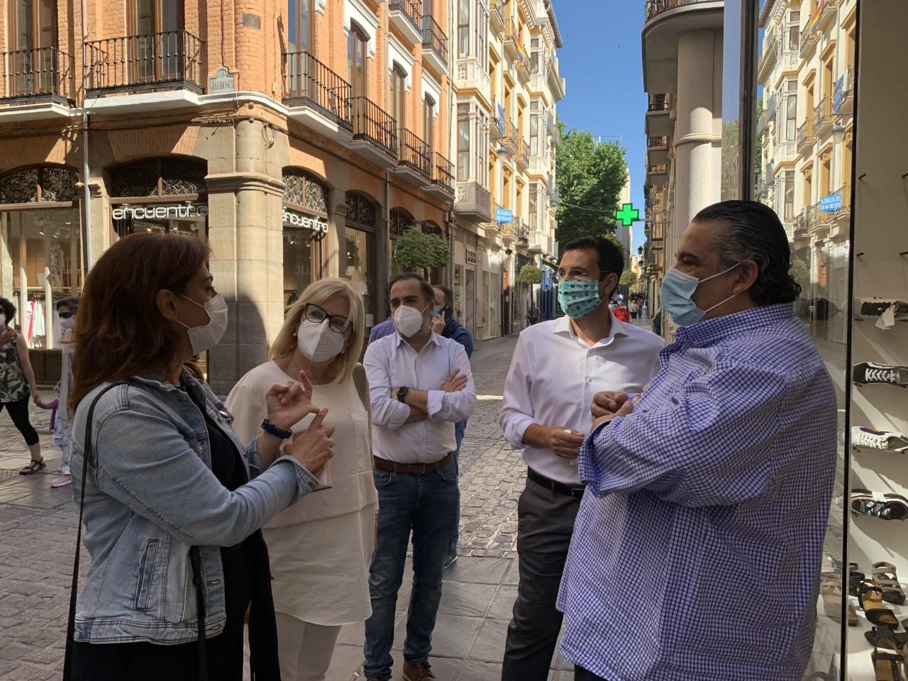 El PSOE exige la puesta en marcha urgente del Plan de Impulso al Comercio