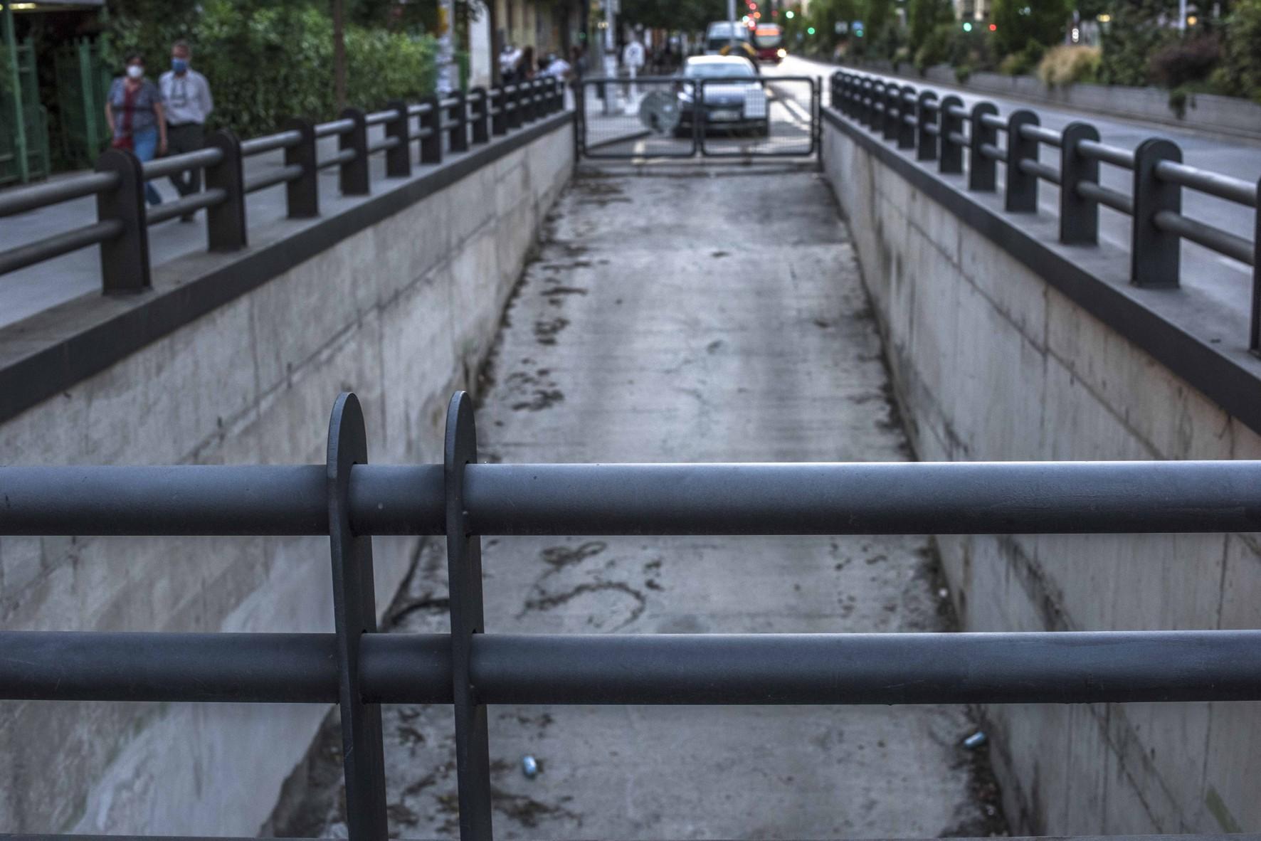 Licitado el estudio para construir un aparcamiento en el túnel del metro en Camino de Ronda