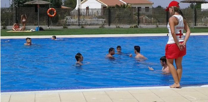 Baza abrirá las piscinas cubierta y de verano el 12 de junio