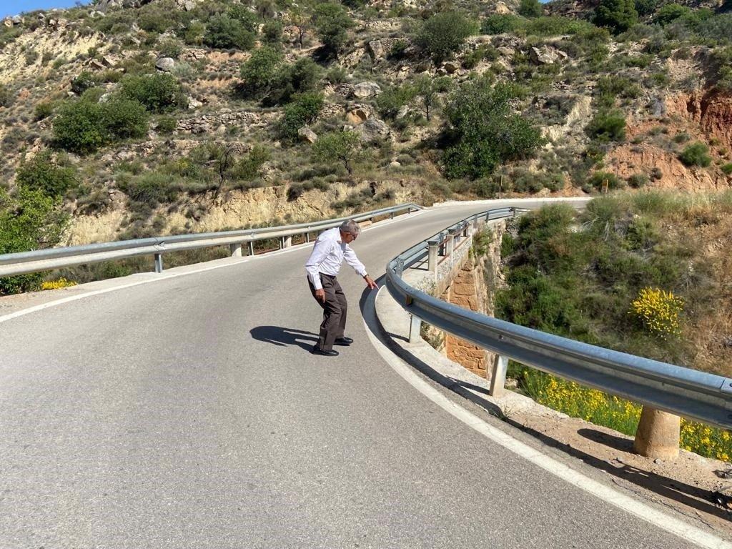 El PP exige a la Diputación el arreglo del puente de acceso a Albuñuelas