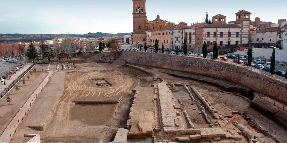 El PSOE pide un trato igualitario para el Teatro Romano ACCI de Guadix