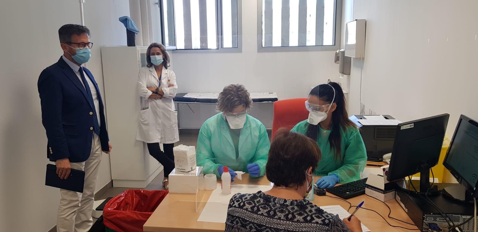 Justicia comienza a realizar test de COVID-19 a los funcionarios de los juzgados de Granada