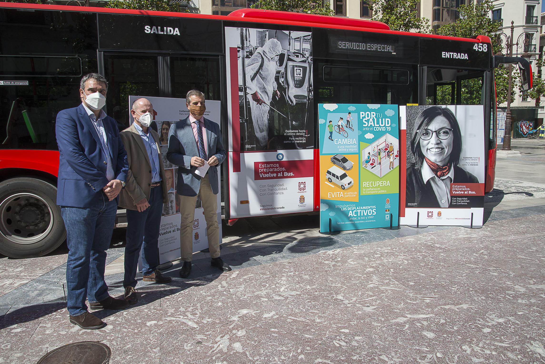 Una campaña protagonizada por los trabajadores de Rober fomenta el uso del autobús