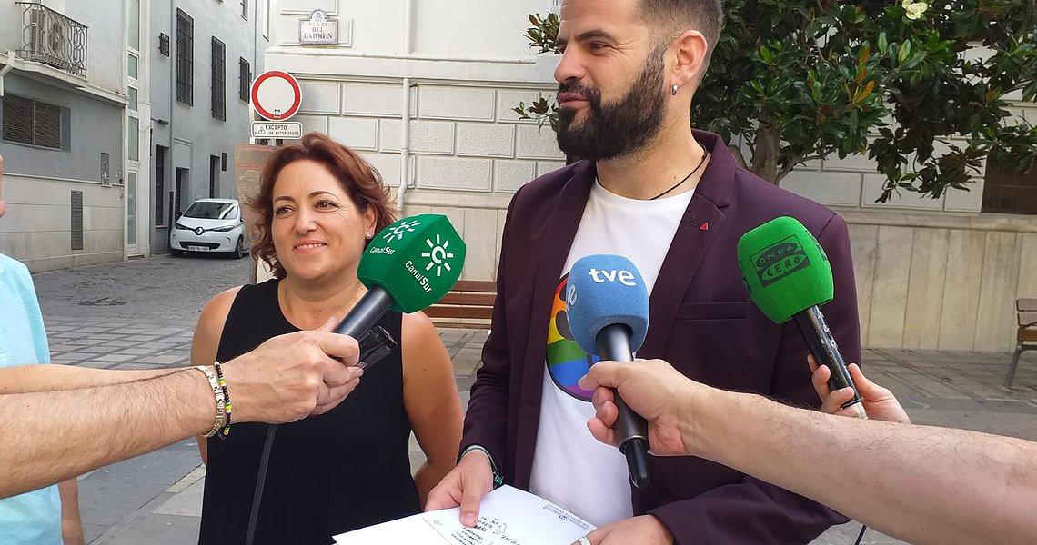 IU exige la reposición y ampliación de las líneas de transporte público en Granada