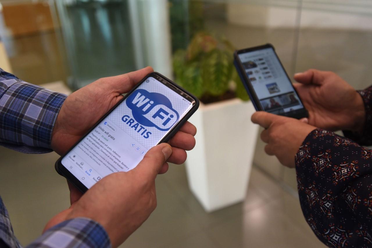 Diputación gestiona ayudas europeas de 15.000 euros para que los municipios puedan ofrecer wifi gratuito en espacios públicos